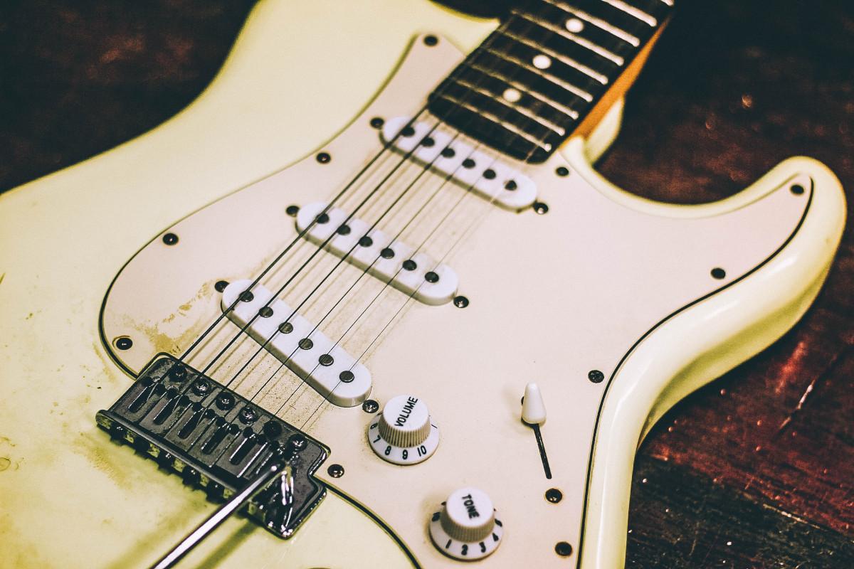 guitarra usada - Como cuidar do violão