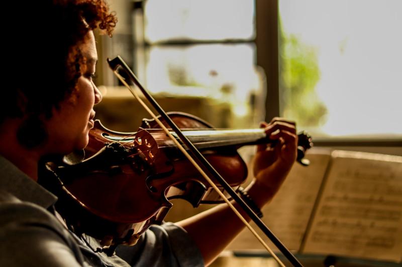 Arco - Aulas de violino.