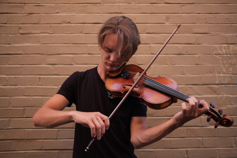 Etapas para jogar violino